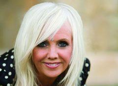 Oltome - Rhonda Byrne biographie